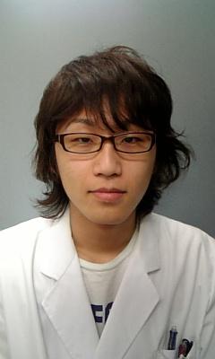 山本 康平先生画像