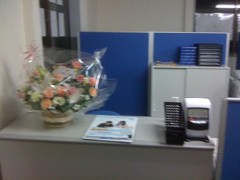 開校祝いに、花束を頂きました。画像