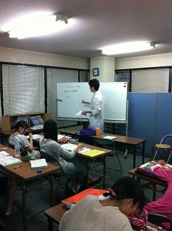 期末テスト対策勉強会の様子画像